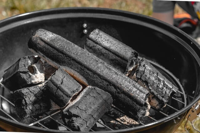 Top 7 Best Charcoal Grill Under 200 | Buyer's Guide | 2020